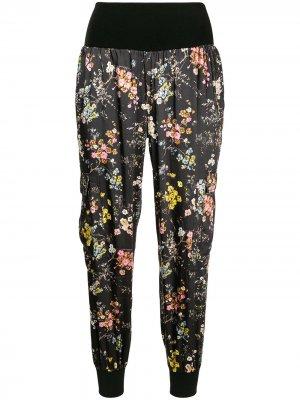 Укороченные брюки с цветочным принтом Cinq A Sept. Цвет: черный