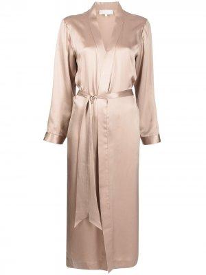 Халат с разрезом сбоку Michelle Mason. Цвет: коричневый