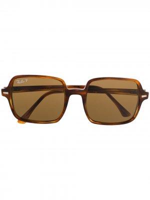Солнцезащитные очки в квадратной оправе Ray-Ban. Цвет: коричневый