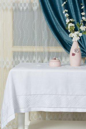 Скатерть с вышивкой 160х220 ARYA HOME COLLECTION. Цвет: белый