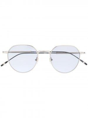 Солнцезащитные очки в овальной оправе Montblanc. Цвет: серебристый