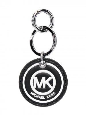 Брелок с тисненым логотипом Michael Kors. Цвет: черный