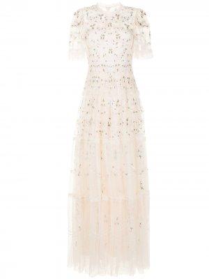 Платье с цветочной вышивкой и прозрачной вставкой Needle & Thread. Цвет: нейтральные цвета