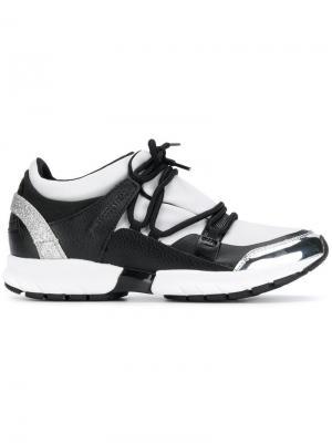 Кроссовки на шнуровке Trussardi Jeans. Цвет: белый