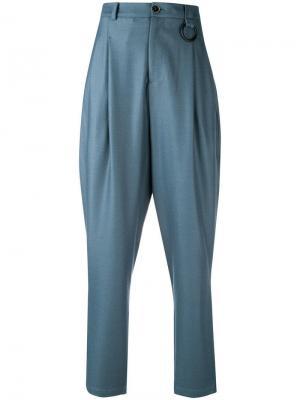 Зауженные к низу брюки с высокой талией Ne.Sense. Цвет: синий