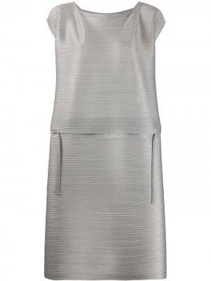 Расклешенное плиссированное платье Pleats Please Issey Miyake. Цвет: серый