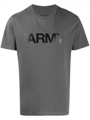 Футболка Army с принтом YVES SALOMON HOMME. Цвет: серый