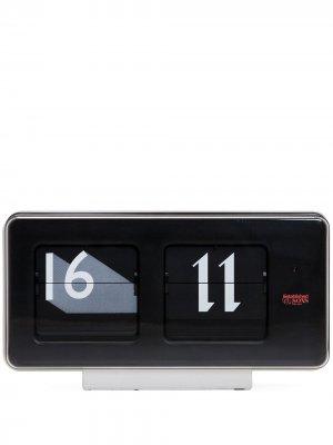 Маленькие настольные часы Font Established & Sons. Цвет: черный