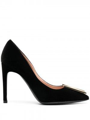 Туфли-лодочки с логотипом Moschino. Цвет: черный