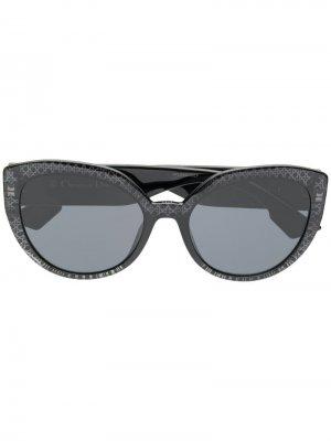 Солнцезащитные очки в оправе кошачий глаз Dior Eyewear. Цвет: черный