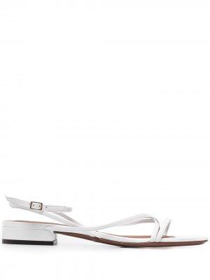 LAutre Chose сандалии с ремешками L'Autre. Цвет: белый