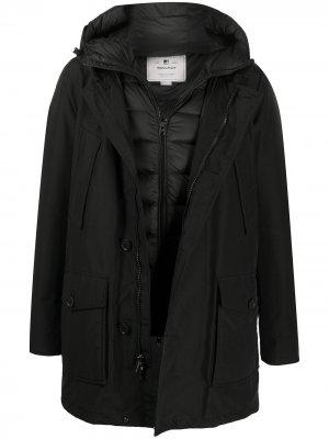 Пальто с капюшоном Woolrich. Цвет: черный