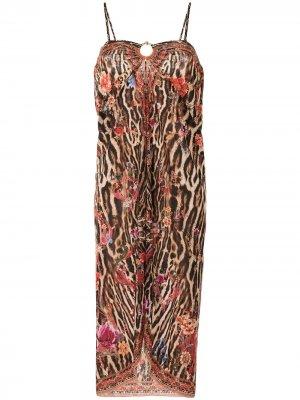 Декорированное платье-саронг Camilla. Цвет: коричневый
