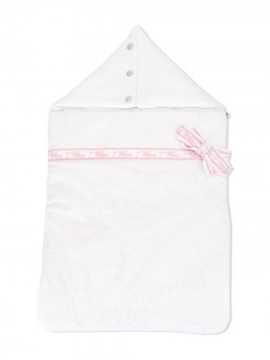 Конверт для новорожденного с вышивкой Alviero Martini Kids. Цвет: белый