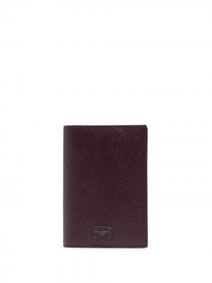 Обложка для паспорта с нашивкой-логотипом Dolce & Gabbana. Цвет: черный