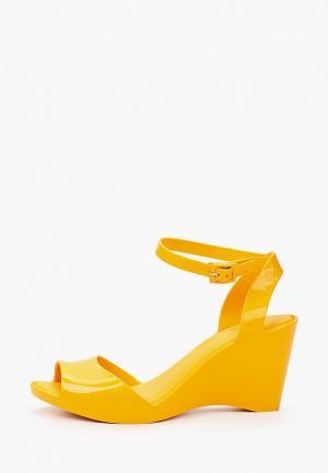 Босоножки Melissa. Цвет: желтый