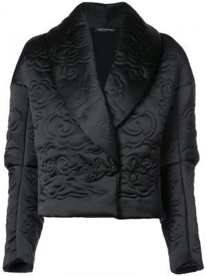 Укороченная куртка с лацканами-шалькой Josie Natori. Цвет: черный
