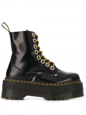 Ботинки на платформе и шнуровке Dr. Martens. Цвет: черный