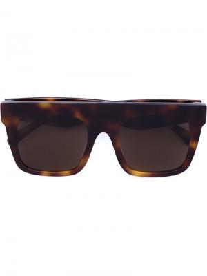 Солнцезащитные очки в квадратной оправе Vera Wang. Цвет: коричневый