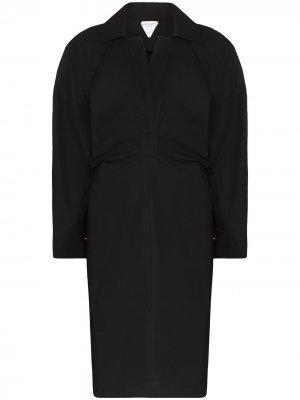 Платье-тренч с отлетной кокеткой Bottega Veneta. Цвет: черный