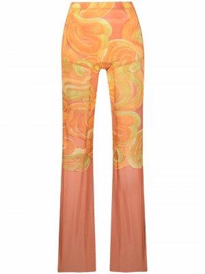 Расклешенные брюки с абстрактным принтом KNWLS. Цвет: желтый