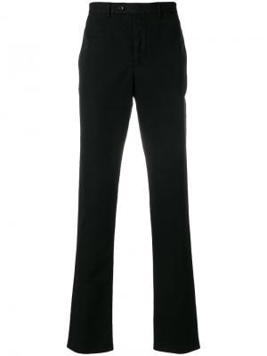 Укороченные зауженные брюки Officine Generale. Цвет: черный