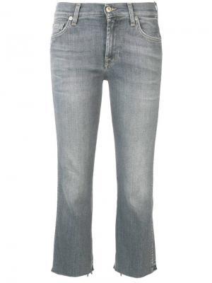 Укороченные джинсы 7 For All Mankind. Цвет: серый