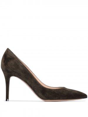 Туфли-лодочки с заостренным носком Gianvito Rossi. Цвет: зеленый