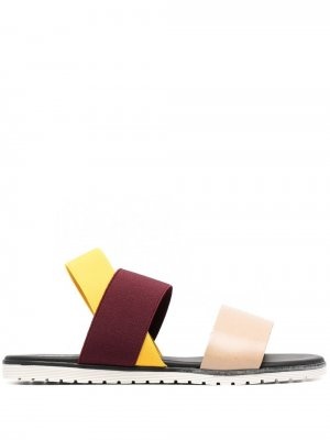 Сандалии в стиле колор-блок Pollini. Цвет: нейтральные цвета