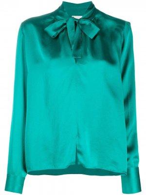 Блузка с бантом Forte. Цвет: зеленый