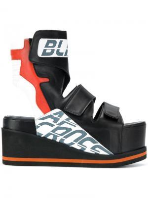 Ботинки с вырезными деталями на флатформе A.F.Vandevorst. Цвет: черный