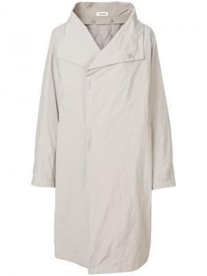 Пальто с большим воротником Plantation. Цвет: телесный