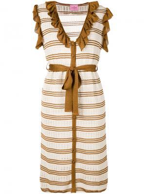 Полосатое вязаное платье D'enia. Цвет: нейтральные цвета
