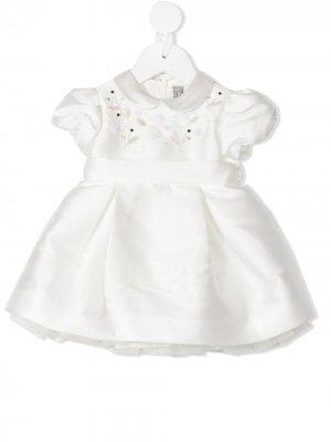 Платье с короткими рукавами и цветочной вышивкой Il Gufo. Цвет: белый