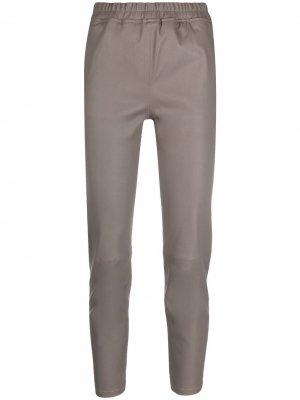 Укороченные брюки Arma. Цвет: серый