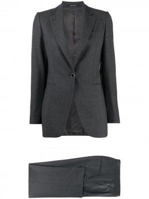 Брючный костюм узкого кроя Tagliatore. Цвет: черный