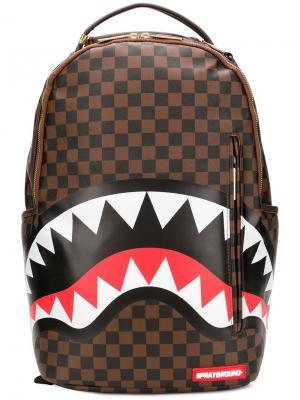 Рюкзак с принтом Shark Sprayground. Цвет: коричневый