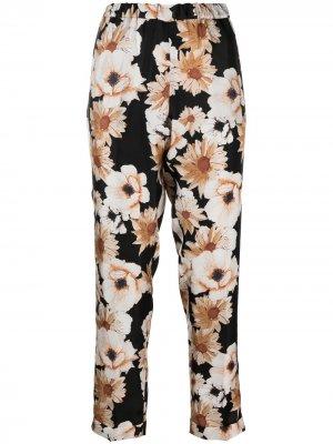 Прямые брюки с цветочным принтом Alberto Biani. Цвет: черный