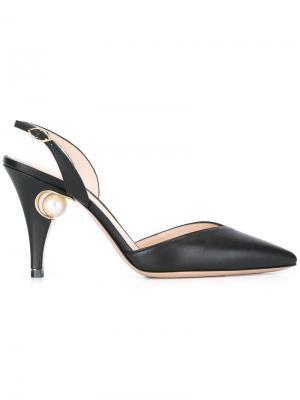 Туфли-лодочки Penelope с жемчужным украшением Nicholas Kirkwood. Цвет: чёрный