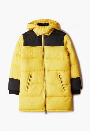Куртка утепленная Guess. Цвет: желтый