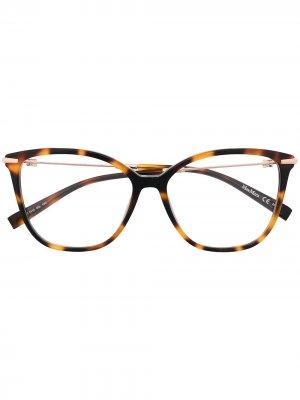Очки черепаховой расцветки Max Mara. Цвет: коричневый