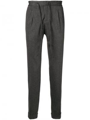 Pinstripe tapered trousers Paolo Pecora. Цвет: серый