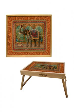 Столик из дуба GIFTNHOME GIFT'N'HOME. Цвет: коричневый