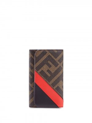 Ключница с монограммой Fendi. Цвет: коричневый