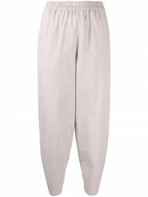 Зауженные брюки с завышенной талией Toogood. Цвет: серый