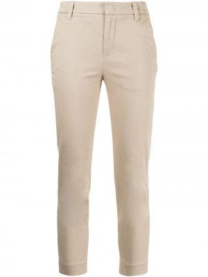 Укороченные брюки Vince. Цвет: коричневый