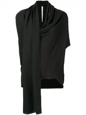 Блузка с драпировкой на горловине Poiret. Цвет: черный