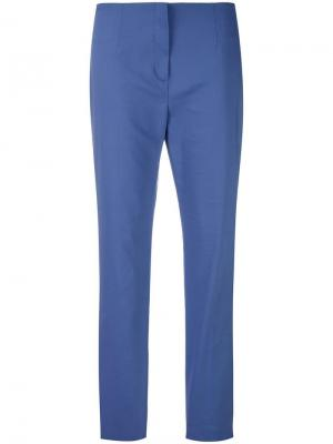 Облегающие брюки Les Copains. Цвет: фиолетовый
