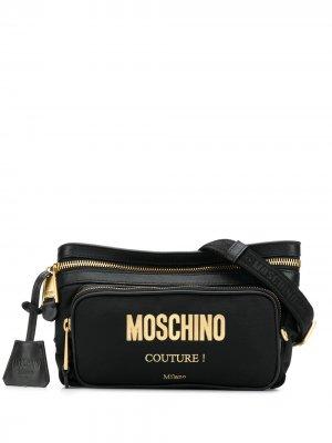 Поясная сумка с тисненым логотипом Moschino. Цвет: черный
