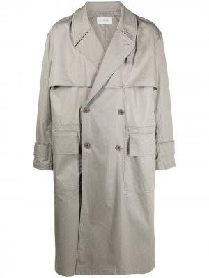 Двубортное пальто оверсайз Lemaire. Цвет: серый